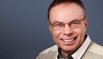 Dr. Helmut W. Pesch